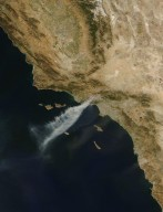 Santa Ana Winds Fuel California Wildfires