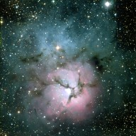 New Hubble Image Reveals Details in the Heart of the Trifid Nebula