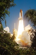 STS-114 launch at KSC