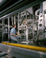 BRAYTON CYCLE IN SPACE POWER FACILITY (SPF) VACUUM ROOM AND CONTROL ROOM.