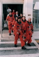 STS-77 astronauts during TCDT