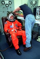 STS-93 Pilot Ashby suits up for launch