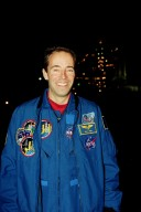 STS-103 Mission Specialist Jean-Frangois Clervoy of France at Pad 39B