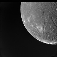 Ariel at Voyager Closest Approach