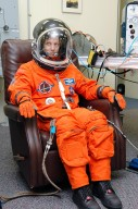 KENNEDY SPACE CENTER, FLA. - In the Operations and Checkout Building at NASA Kennedy Space Center, STS-114 Mission Specialist Stephen Robinson is has completed his suit check and is ready for the historic Return to Flight mission STS-114 to the International Space Station. On its second attempt for launch, Discovery is scheduled to lift off at 10:39 a.m. EDT today from Launch Pad 39B. It is the 114th Space Shuttle flight and the 31st for Discovery. The 12-day mission is expected to end with touchdown at the Shuttle Landing Facility on Aug. 7.