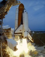 Space Shuttle STS-75 Columbia launch