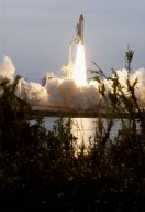 Space Shuttle STS-87 Columbia launch