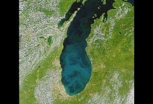 Michigan Lake Changes: Slow Dissolve Between Jul. 24, Aug. 20, Sept. 7, 1999 (with text)