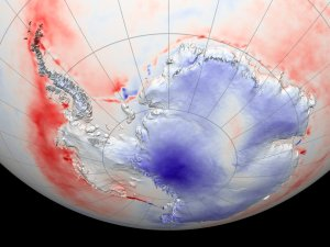 Antarctic Heating and Cooling Trends