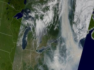 Canadian Smoke Invades the East Coast