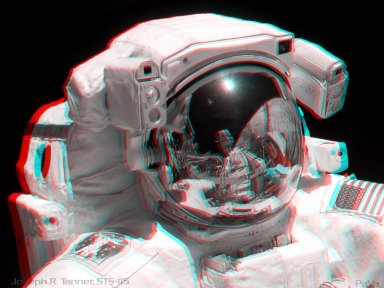 STS-115: Stereo Portrait