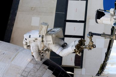 EVA during STS-117 / Expedition 15 Joint Operations