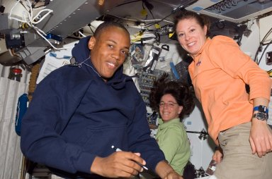 View of Crewmembers in the MDDK of the Endeavour during STS-118