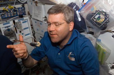 Frick on MDDK during STS-122