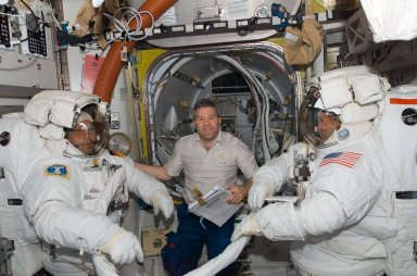 Schlegel, Frick and Walheim in the A/L prior to EVA 2