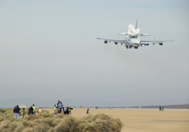 Landing of Space Shuttle Atlanis / STS-125 Mission