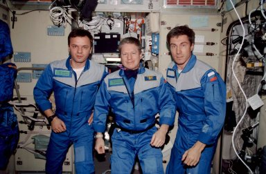 Expedition One crew portrait in Service module