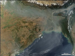 Smog over the Bay of Bengal