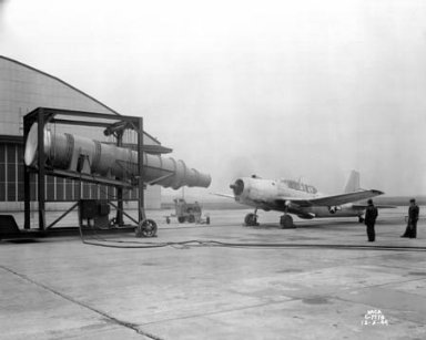 TEST RIG FOR FLIGHT RESEARCH A-31 AIRPLANE WITH PORTABLE BLOWER
