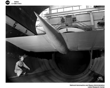 TG-100 INSTALLATION IN THE AWT ALTITUDE WIND TUNNEL