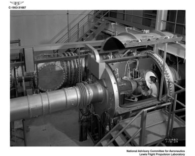 NOZZLE TEST RIG WITH FIXED SUPERSONIC NOZZLE INSTALLED AND THRUST MEASURING APPARATUS