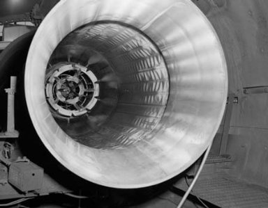 48 INCH RAM JET INNER LINER DAMAGE IN TANK 2 OF THE PROPULSION SYSTEMS LABORATORY PSL