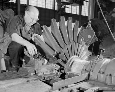 TURNING IMPELLER IN THE PROPULSION SYSTEMS LABORATORY PSL SHOP AND ACCESS