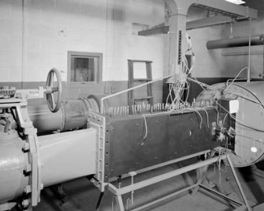 3 TUNNELS IN THE ENGINE RESEARCH BUILDING ERB - IN CELL CE-26 VARIABLE REYNOLDS NUMBER SUPERSONIC NOZZLE - CELL CE-4 6X6 INCH MACH NUMBER 2.96 SUPERSONIC AIRPLANE - CELL 1-NW 1X1 FOOT MACH 3.12 SUPERSONIC TUNNEL
