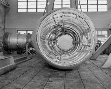 B-47 NACELLE IN THE ALTITUDE WIND TUNNEL AWT SHOP