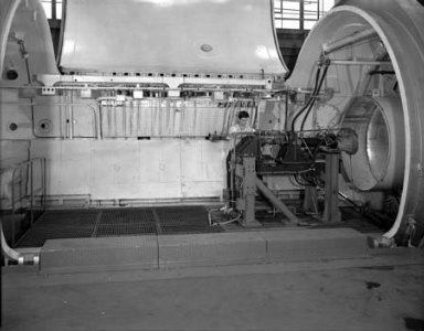 2.5K ROCKET ENGINE IN THE PROPULSION SYSTEMS LABORATORY PSL TANK NO. 1