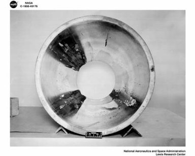 DAMAGE TO 20K ENGINE AND INJECTOR USED FOR START TESTS AT THE SOUTH 40 ROCKET ENGINE TEST FACILITY RETF