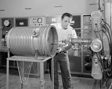 ENGINE NO. 14 COLLOID CHARGED PARTICLE THRUSTER