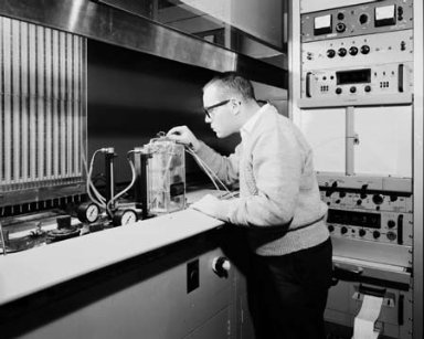 TEST CELLS SE-5 - SE-8 - SE-10 IN THE ENGINE RESEARCH BUILDING ERB AND 117 HIGH ENERGY FUELS LABORATORY HEFL - TRANSDUCER INSTRUMENTATION CONSOLE SE-10 - TEMPERATURE INSTRUMENTATION CONSOLE SE-10 - MODUEL FUEL CELL EXPERIMENT SE-8