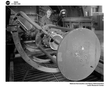 260 SOLID ROCKET MODEL INSTALLED IN THE PROPULSION SYSTEMS LABORATORY PSL TANK NO. 2