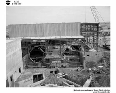 CRANE ERECTION AND CONSTRUCTION AT THE PROPULSION SYSTEMS LABORATORY PSL EXPANSION