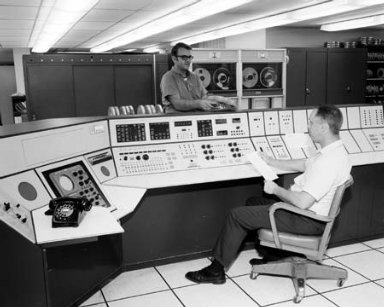 10X10 FOOT WIND TUNNEL COMPUTING SECTION - PROPULSION SYSTEMS LABORATORY PSL CONTROL ROOM FOR STORY IN LEWIS NEWS NEWSLETTER
