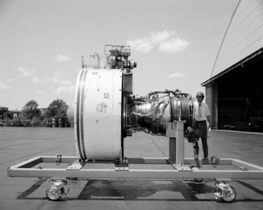 QCSEE QUIET CLEAN STOL EXPERIMENTAL ENGINE ON GE GENERAL ELECTRIC HANDLING CART