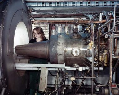 MOD III PLUG NOZZLE ENGINE IN THE PROPULSION SYSTEMS LABORATORY PSL