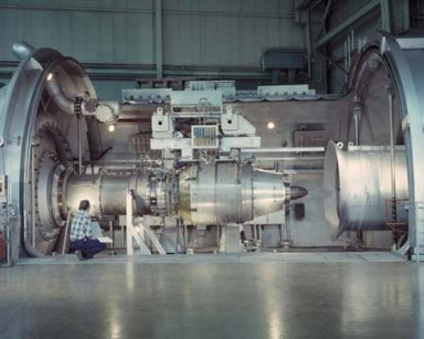 TF-34 ENGINE INSTALLATION IN THE PROPULSION SYSTEMS LABORATORY PSL TANK 3