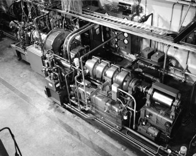 T700 ENGINE AND DYNAMOMETER - ENGINE COMPONENTS RESEARCH LABORATORY ERCL #2