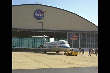 DC-9 AIRPLANE ROLLOUT