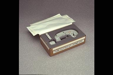 ASTRONAUT TEST KITS FOR LIQUID PHASE CENTERING EXPERIMENT