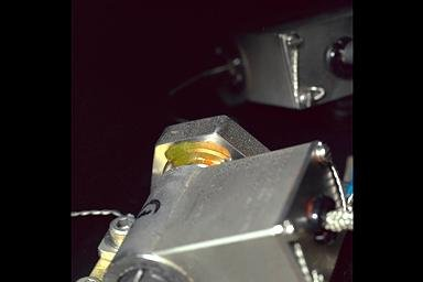 DROPLET COMBUSTION EXPERIMENT DCE HARDWARE POST MICROGRAVITY SCIENCE LABORATORY 1 MSL-1 MISSION
