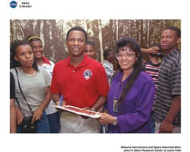 VISIT BY ASTRONAUT MICHAEL ANDERSON