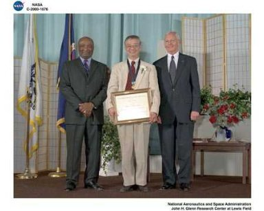 NASA 2000 HONOR AWARDS CEREMONY DON CAMPBELL - JAMES T'IEN - GENERAL DAILEY