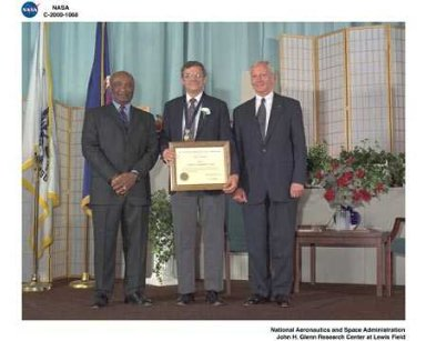 NASA 2000 HONOR AWARDS CEREMONY DON CAMPBELL - NOEL SARGENT - GENERAL DAILEY