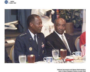 VISIT BY GENERAL LESTER L LYLES TO GLENN RESEARCH CENTER - COMMUNITY LEADERS LUNCHEON WITH GENERAL LESTER L LYLES AND NASA CENTER DIRECTOR DONALD J CAMPBELL