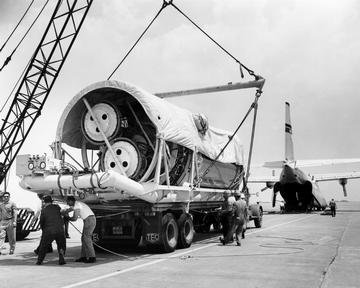 CENTAUR PROJECT UNLOADING CENTAUR STAGE PACKAGE FROM C-133 AIRPLANE
