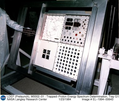 LDEF (Prelaunch), M0002-01 : Trapped-Proton Energy Spectrum Determination, Tray G12