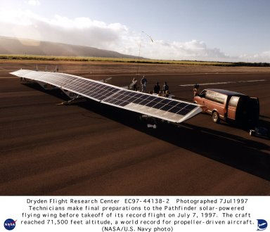 Pathfinder ground preparations prior to altitude record setting flight of 71,500 feet